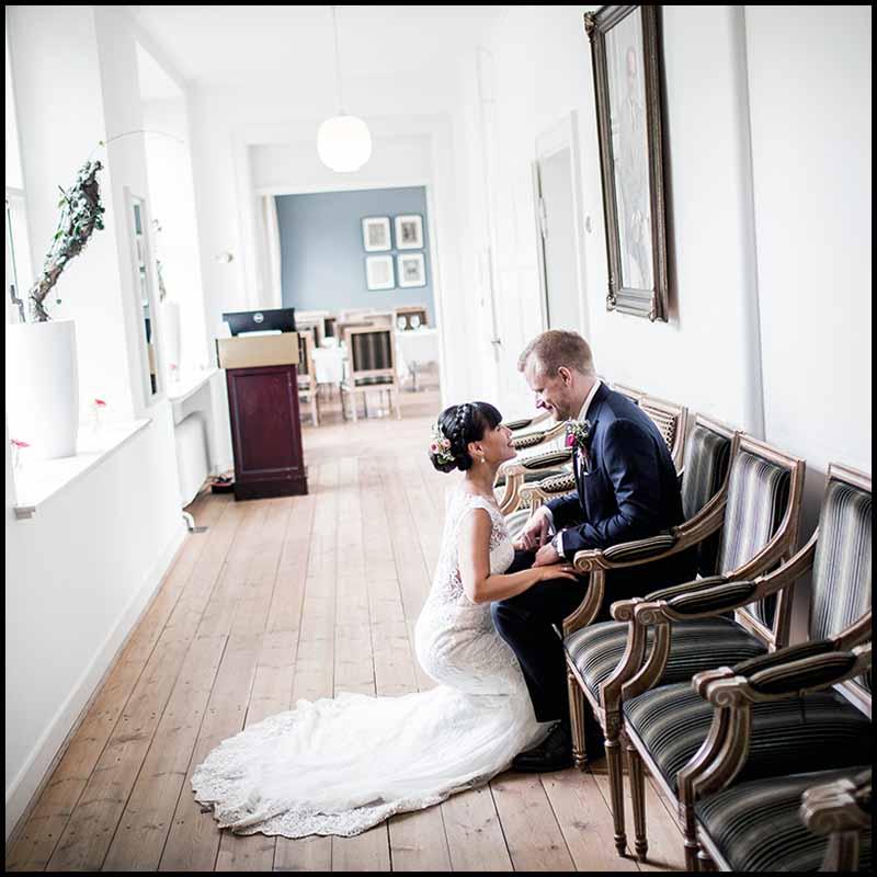 Bestil bryllupsfotograf i kolding. Bryllupsfotograf i Kolding. Billig bryllupsfotograf