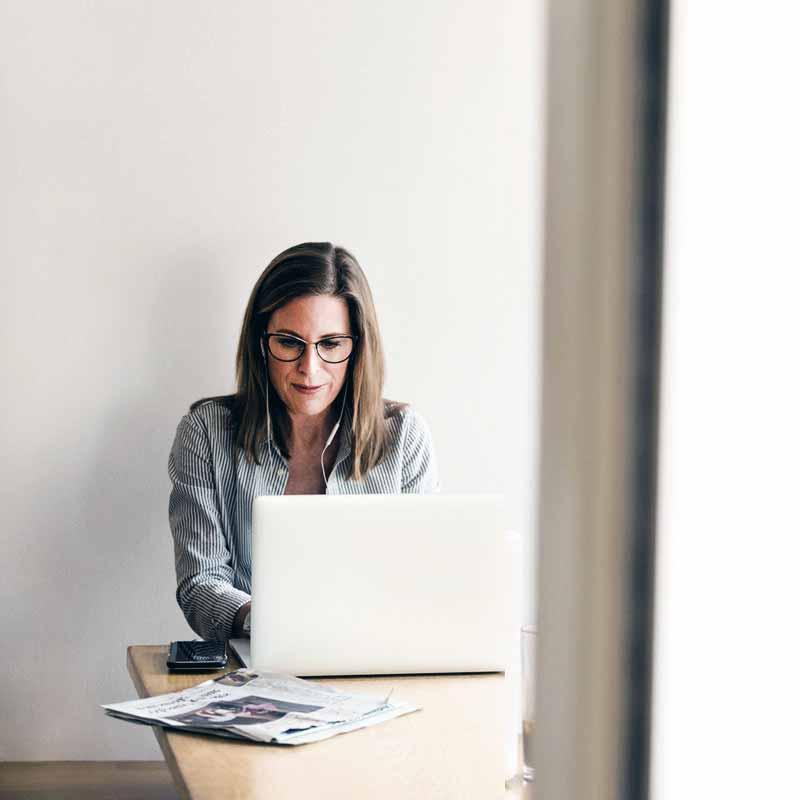 Når man i dag skal ansætte eller hyre en håndværker til at bygge dele af eller det hele af et projekt, er en af de vigtigste faktorer, at virksomheden fremstår professionel, og at man har tillid til at opgaven kan løses. Det er derfor ikke altid let at forklare eller sætte ord på de løsninger eller resultater, man kan skabe - her kan du med fordel bruge professionelle billeder til at vinde dine potentielle kunders tillid og til at vise, hvilke slags projekter virksomheden i Kolding, har arbejdet med.